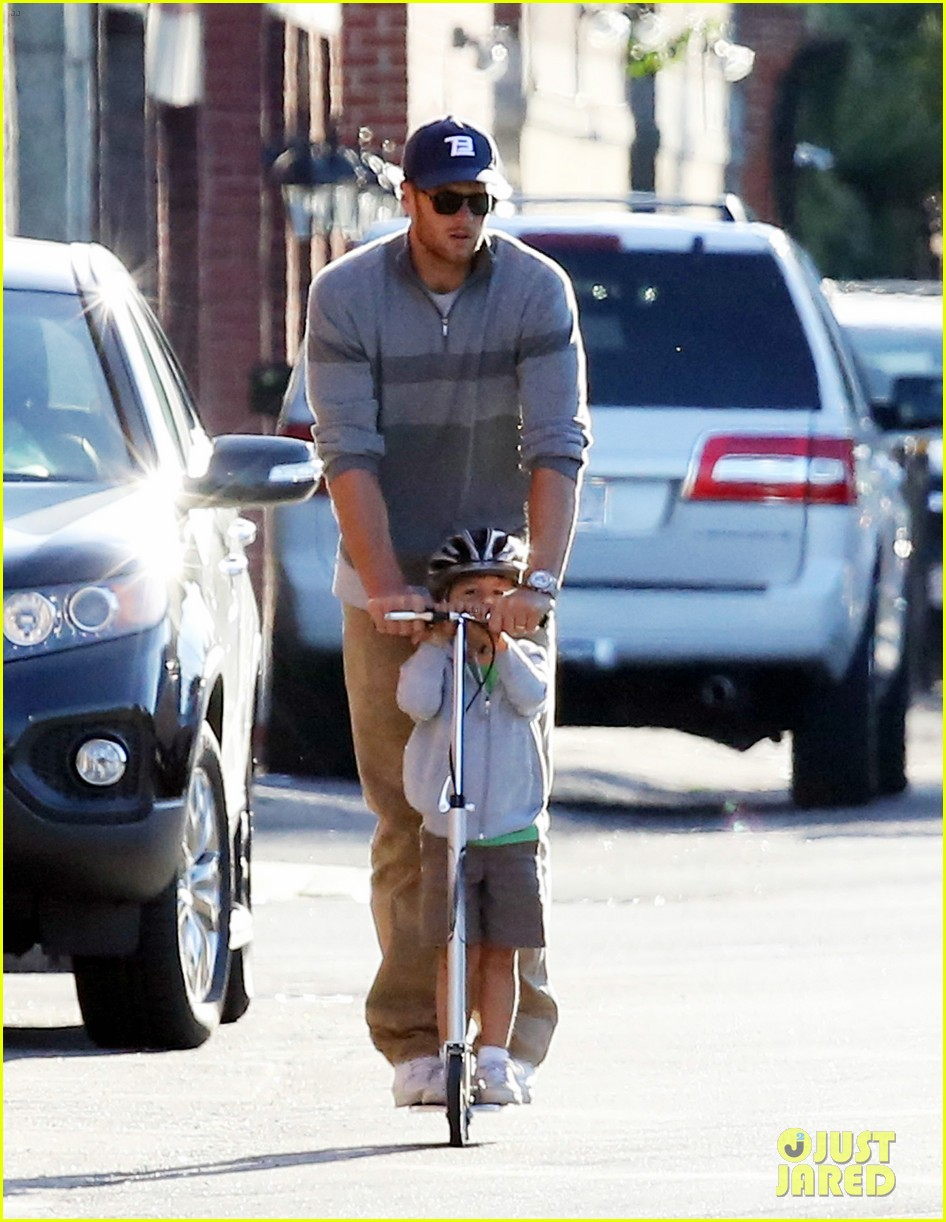 gisele bundchen rides bike tom brady scoots with benjamin 01