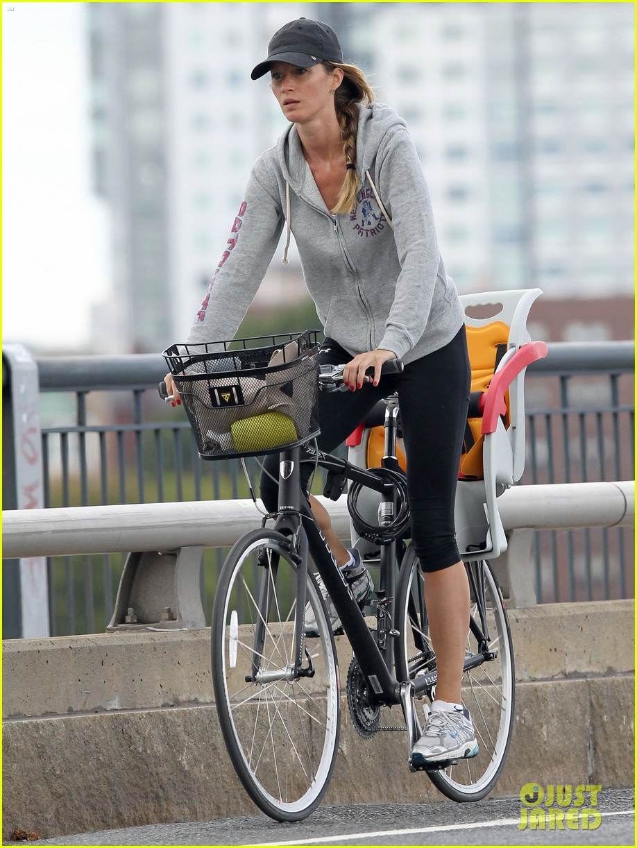 gisele bundchen rides bike tom brady scoots with benjamin 05