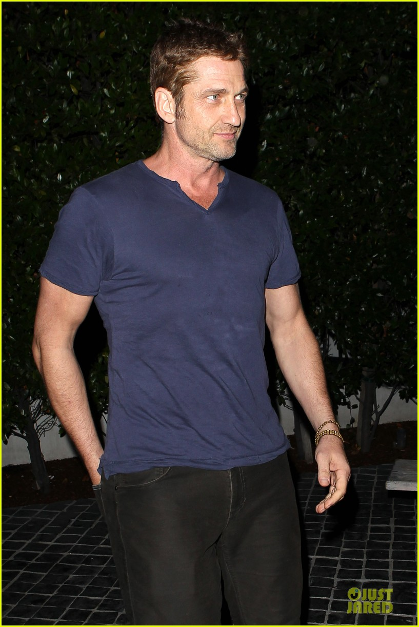 gerard butler cecconi dinner after god of egypt news 042959661