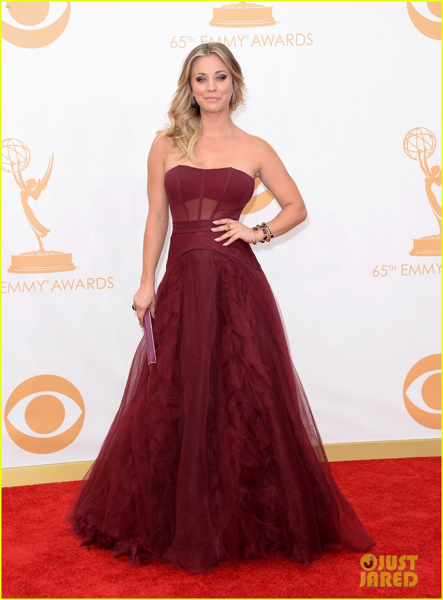 kaley cuoco ryan sweeting emmys 2013 red carpet 012958075