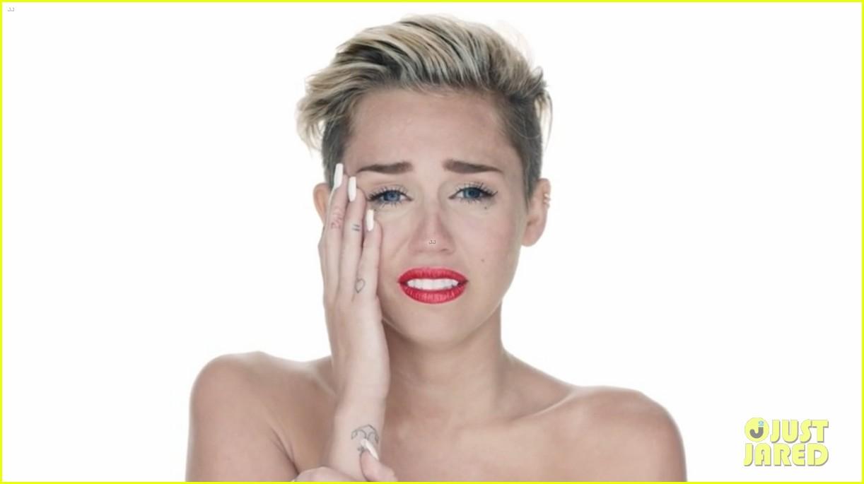 Cyrus nude of miley photos