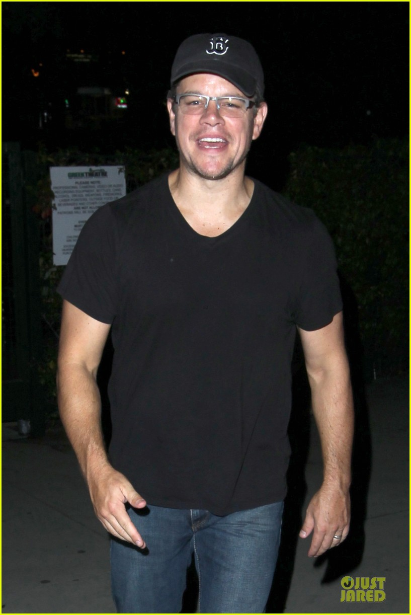 matt damon fun concert date with wife luciana 022944698