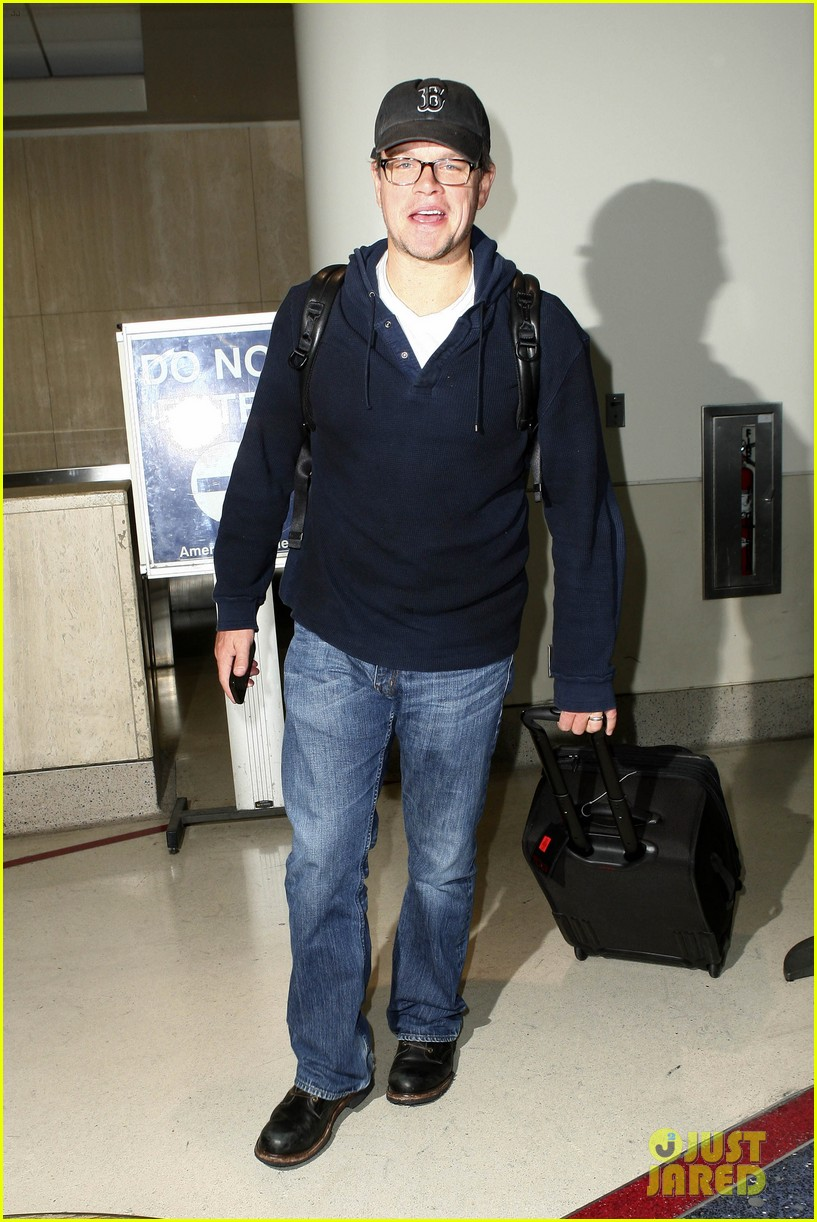 matt damon hayden panettiere arrive for emmys weekend 05