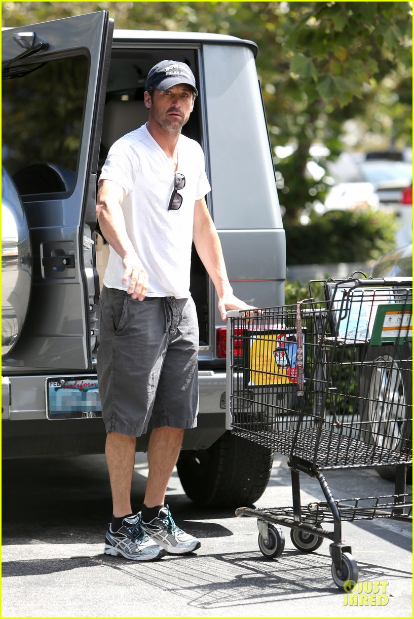 patrick dempsey labor day shopping after grand prix race 06
