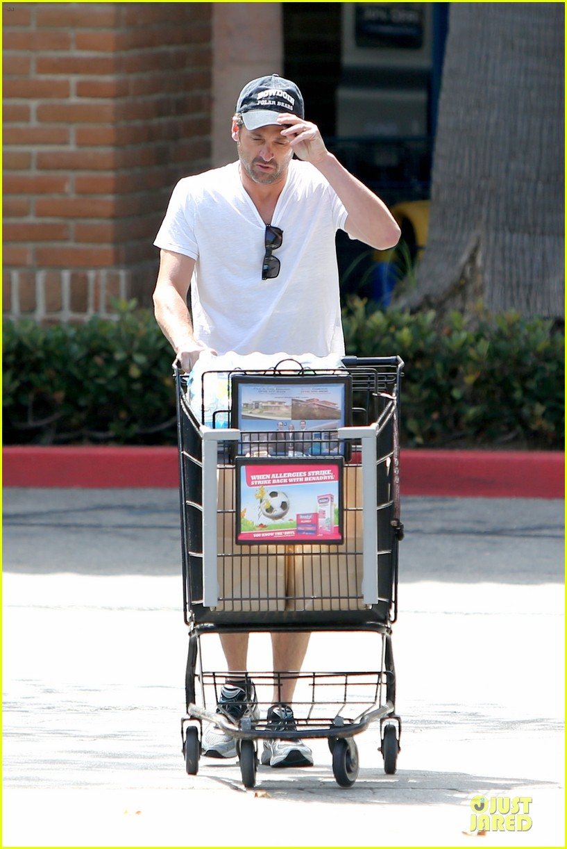 patrick dempsey labor day shopping after grand prix race 10