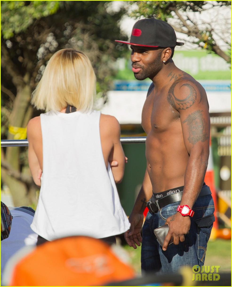 jason derulo shirtless workout in australia 24