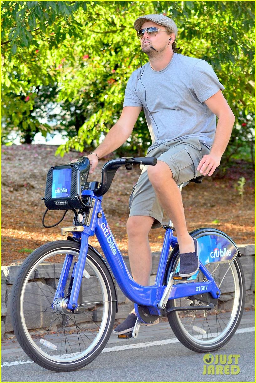 leonardo dicaprio citibike ride after us open date 05