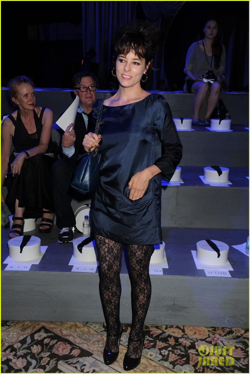 michelle dockery julianne hough marc jacobs fashion show 25