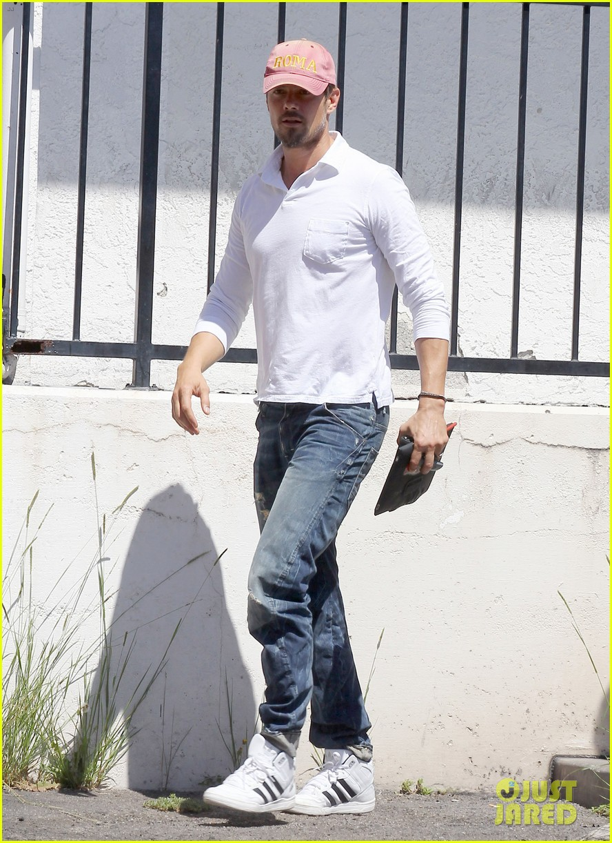 josh duhamel embraces new meaning of dilf 10