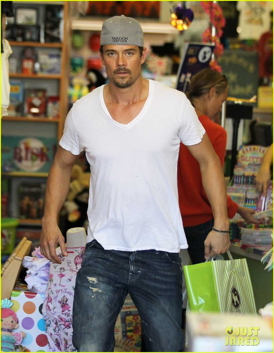 josh duhamel fergie i are obsessed with baby axl 16