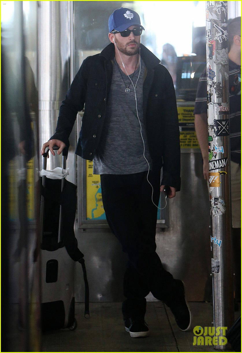 chris evans heads to new york city after disneyland date 04