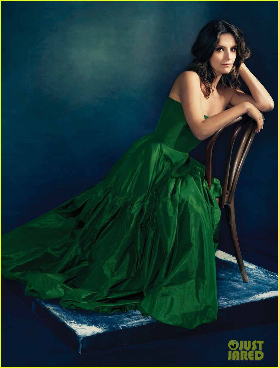 tina fey covers the hollywood reporter emmy icons issue 04
