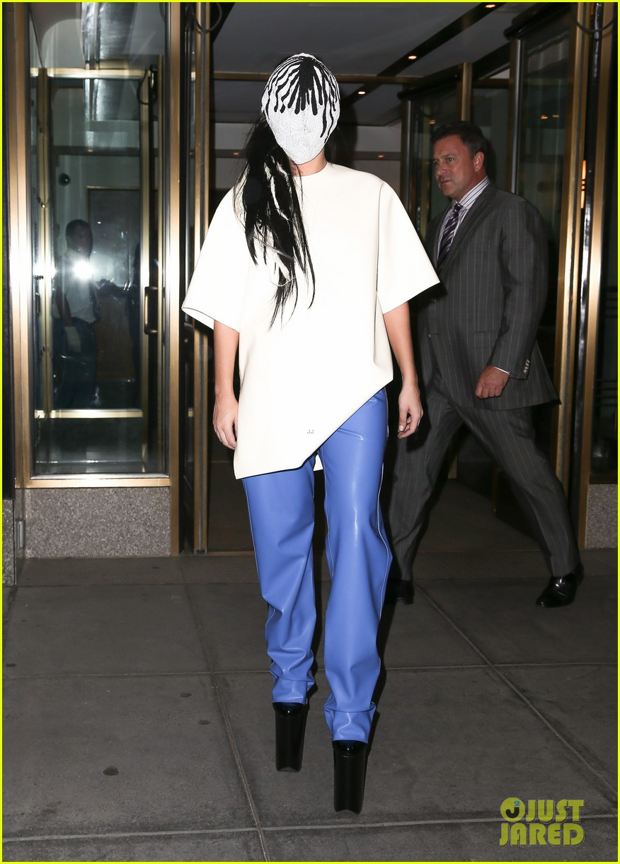 lady gaga wears full face mask while leaving apartment 01