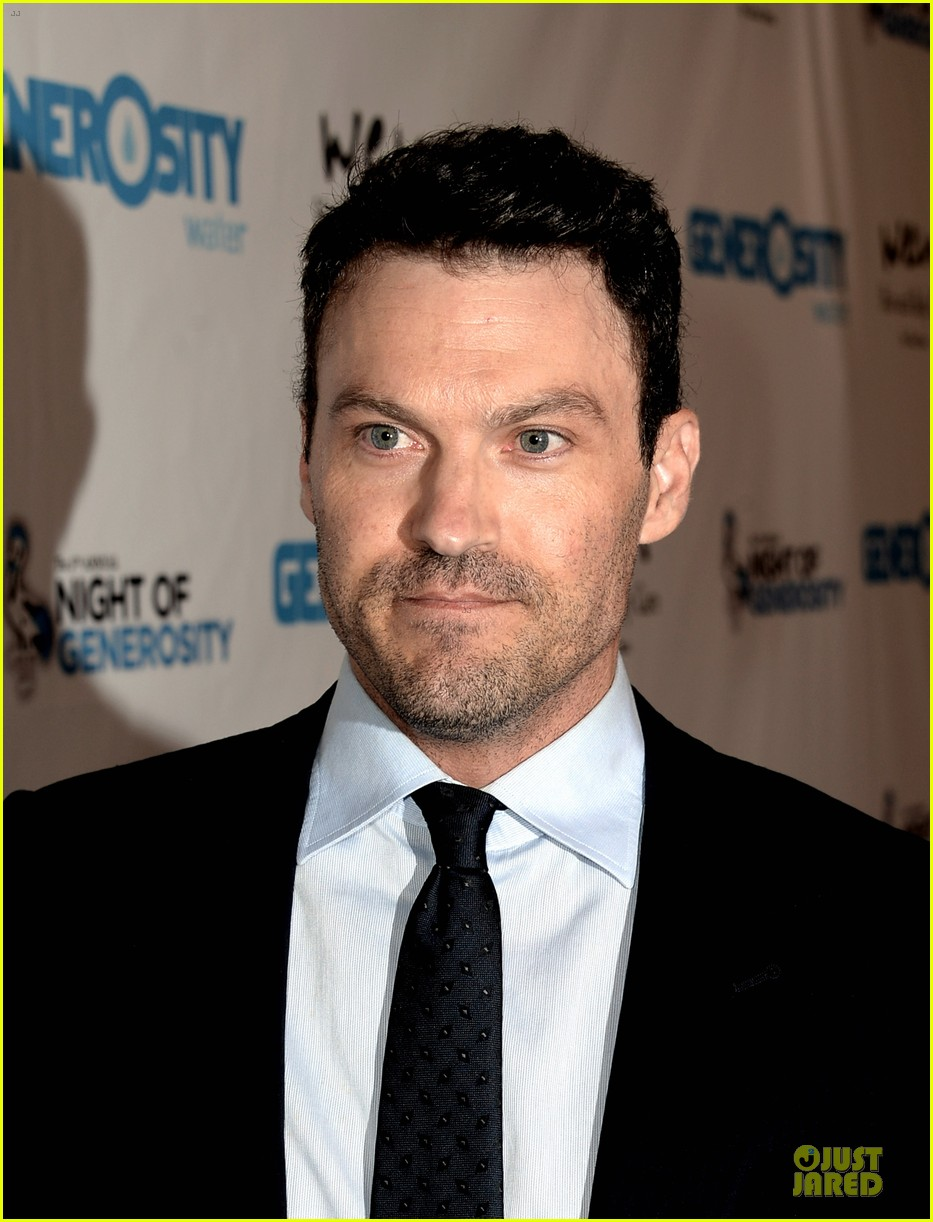 brian austin green megan fox doing great during pregnancy 09