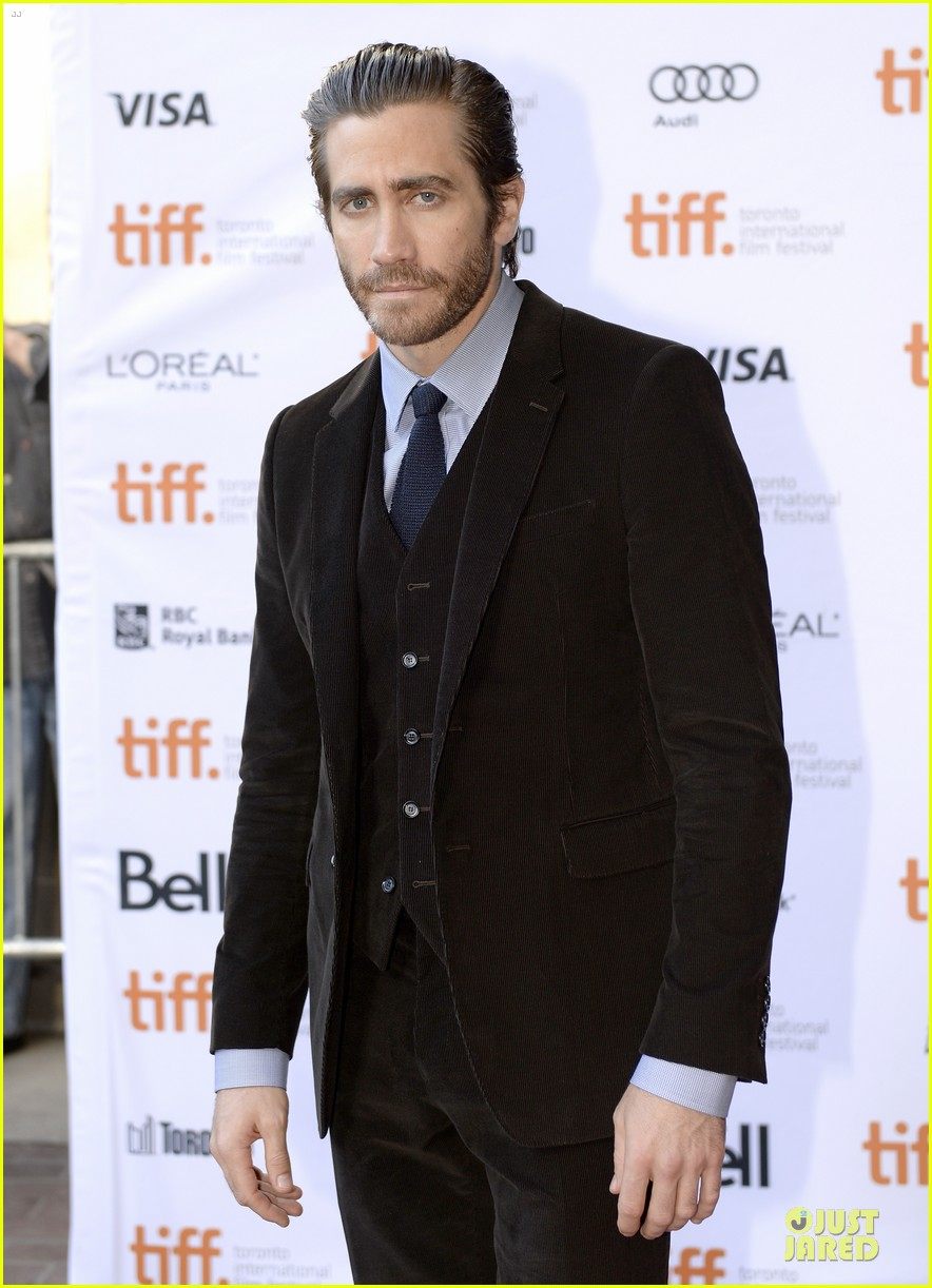 jake gyllenhaal enemy premiere at toronto film festival 04