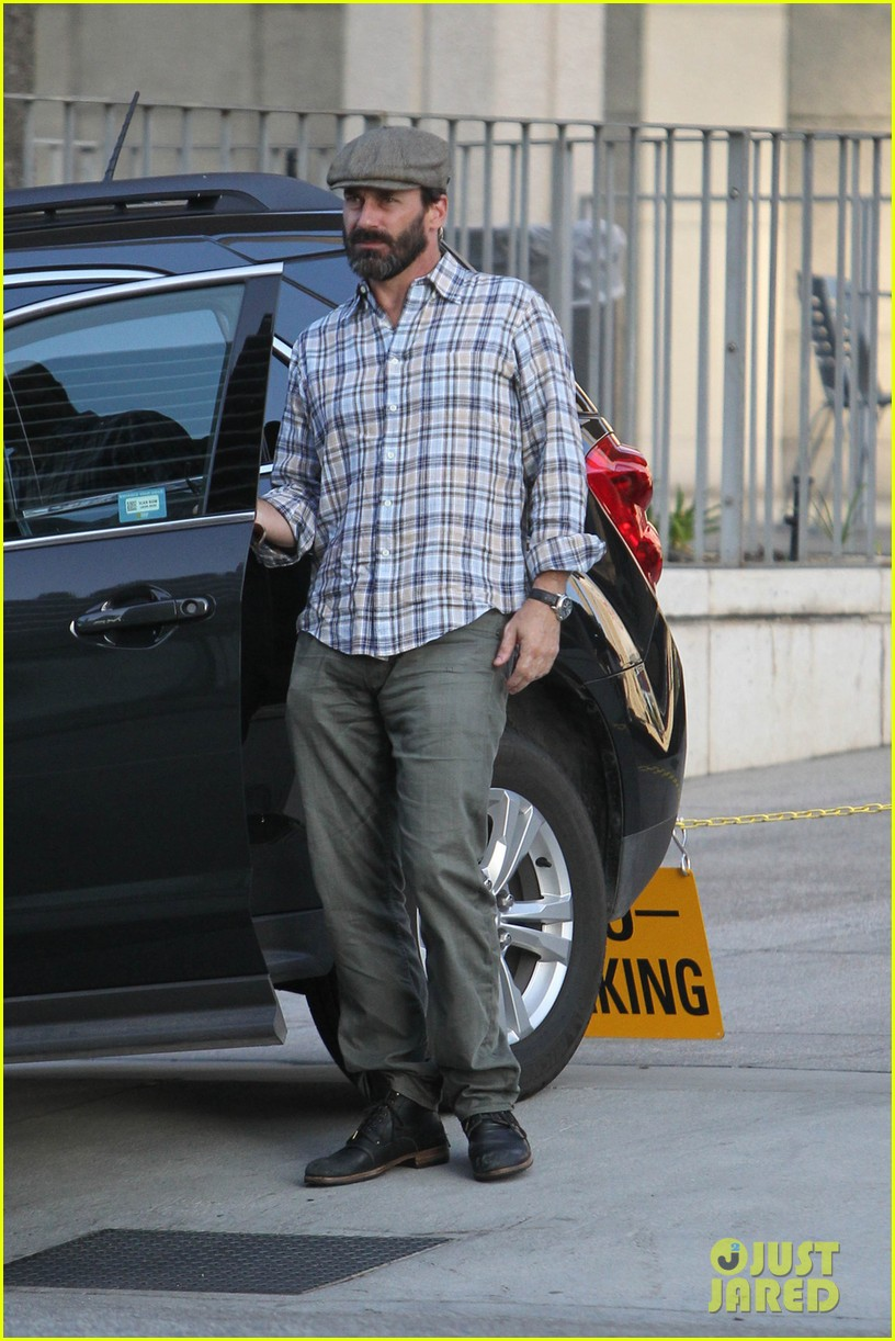 jon hamm shows off scruffy after mad men final season announced 05
