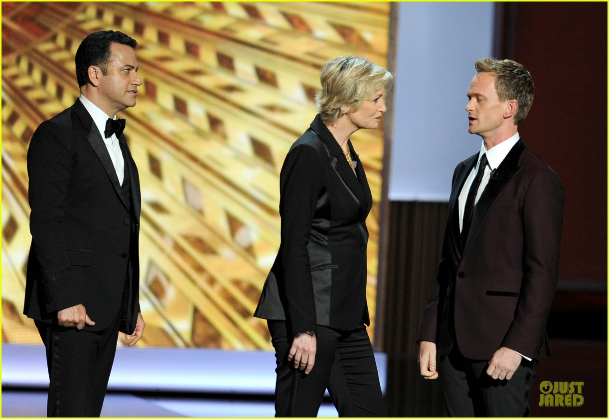 neil patrick harris emmys 2013 opening monologue 082958303