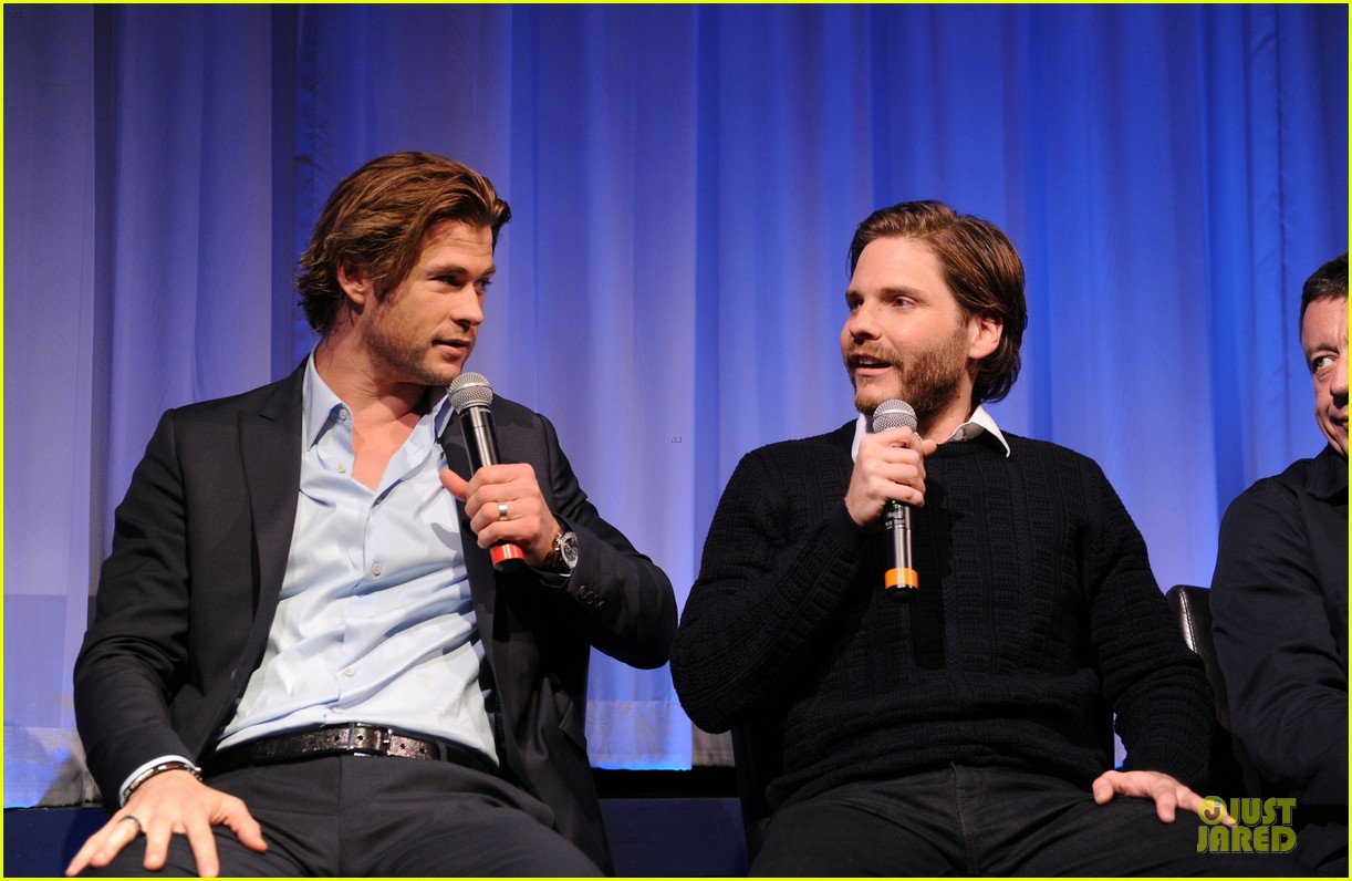 chris hemsworth daniel bruhl rush nyc screening 08