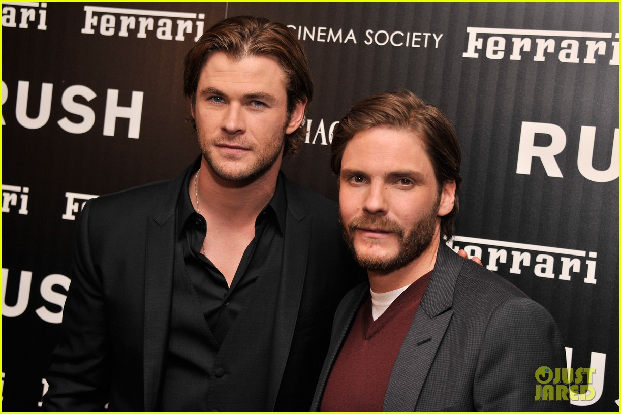 chris hemsworth daniel bruhl rush new york screening 102954871
