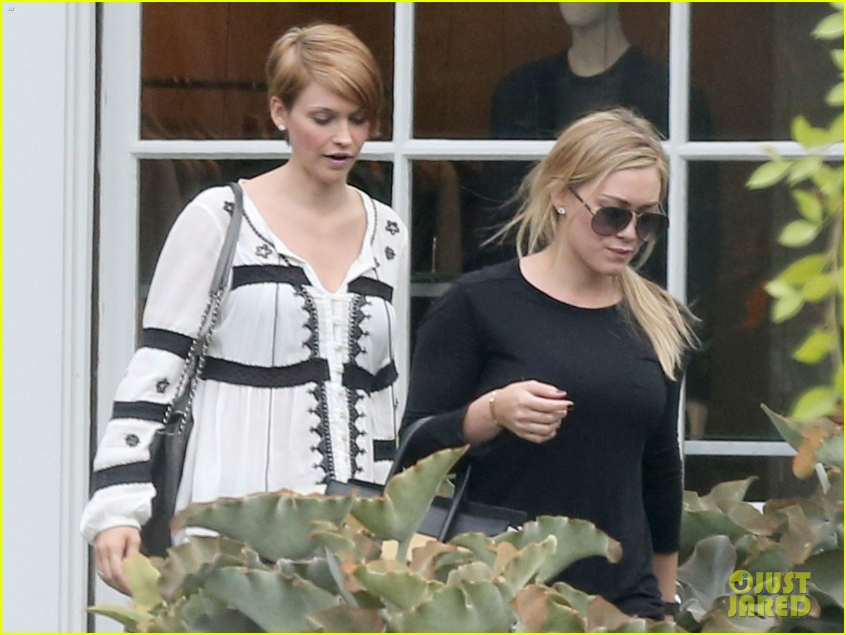 hilary duff girls day out with lisa stelly 24