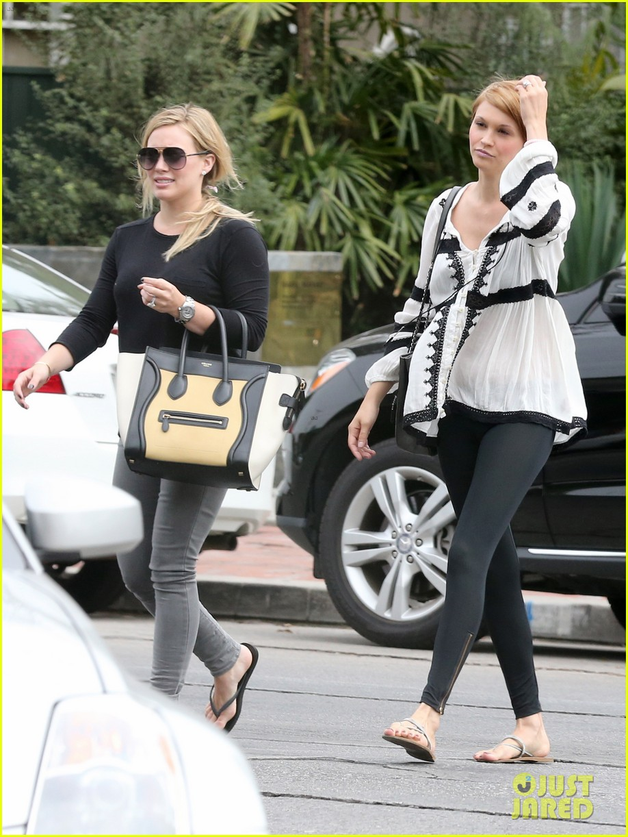 hilary duff girls day out with lisa stelly 28
