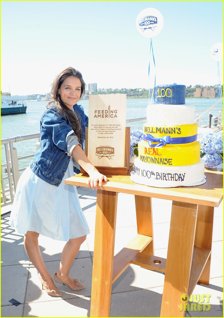 katie holmes hellmens 100th anniversary event 09