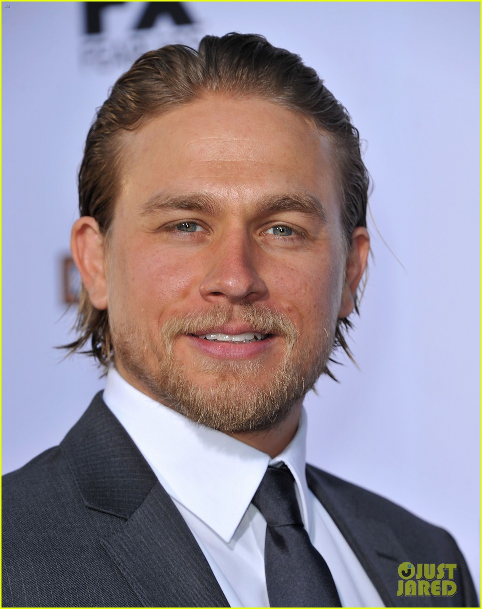 charlie hunnam talks fifty shades of grey for first time 092946542
