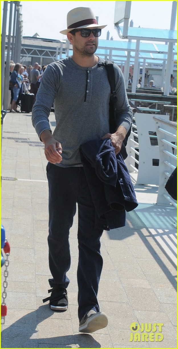 joshua jackson departs venice after film festival 012944467