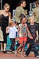 angelina jolie kids visit the sydney aquarium 30