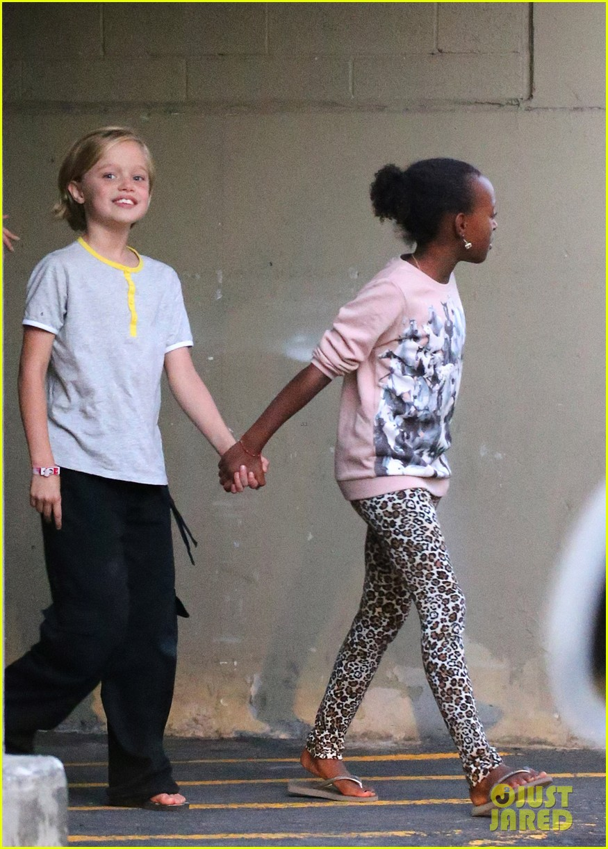 angelina jolie goes bowling in australia with all six kids 10