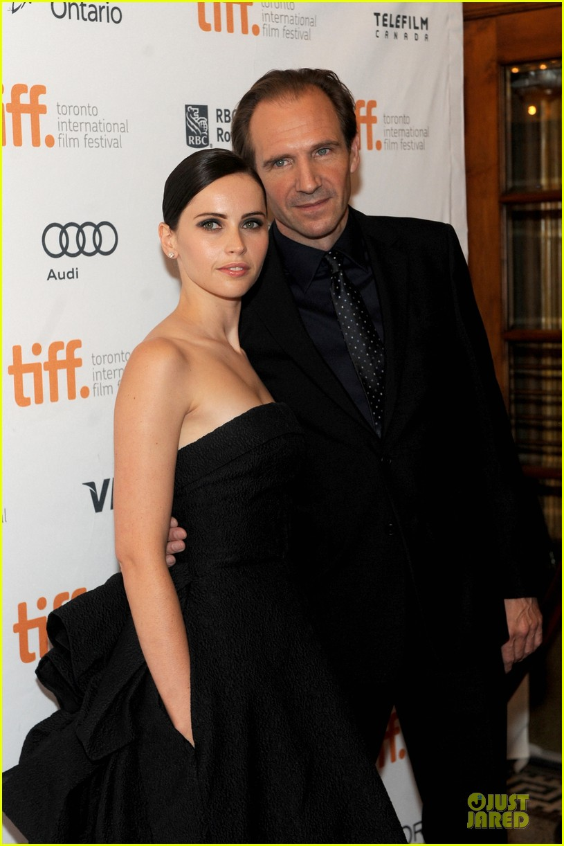 felicity jones ralph fiennes invisible woman tiff premiere 25