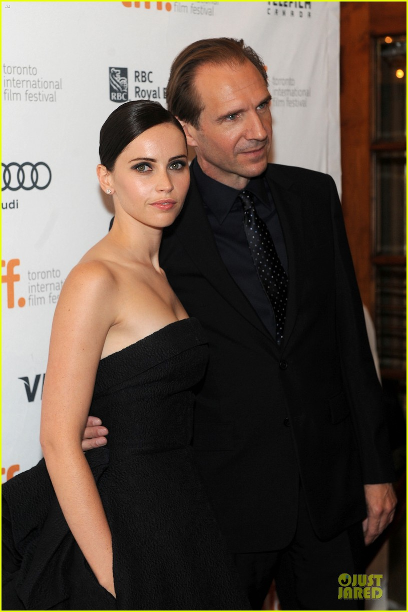 felicity jones ralph fiennes invisible woman tiff premiere 28