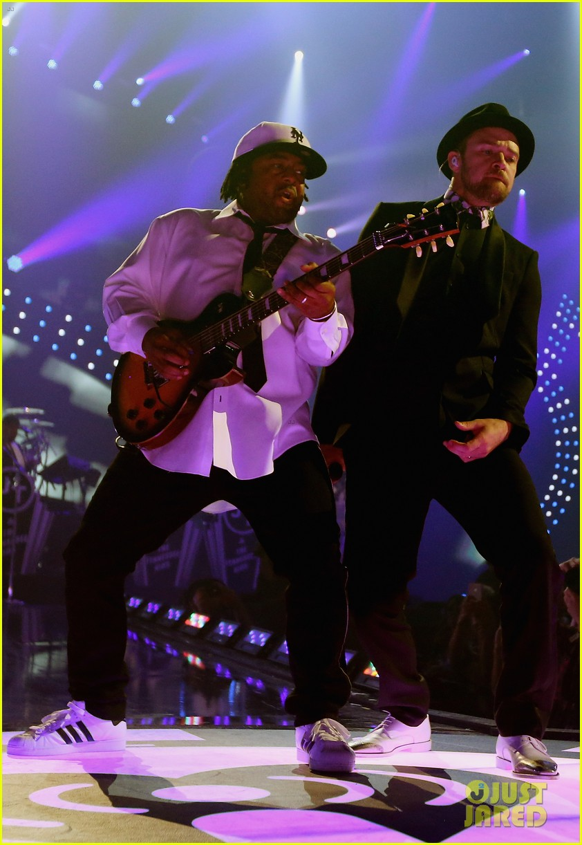 justin timberlake debuts two new songs iheartradio watch 302957368