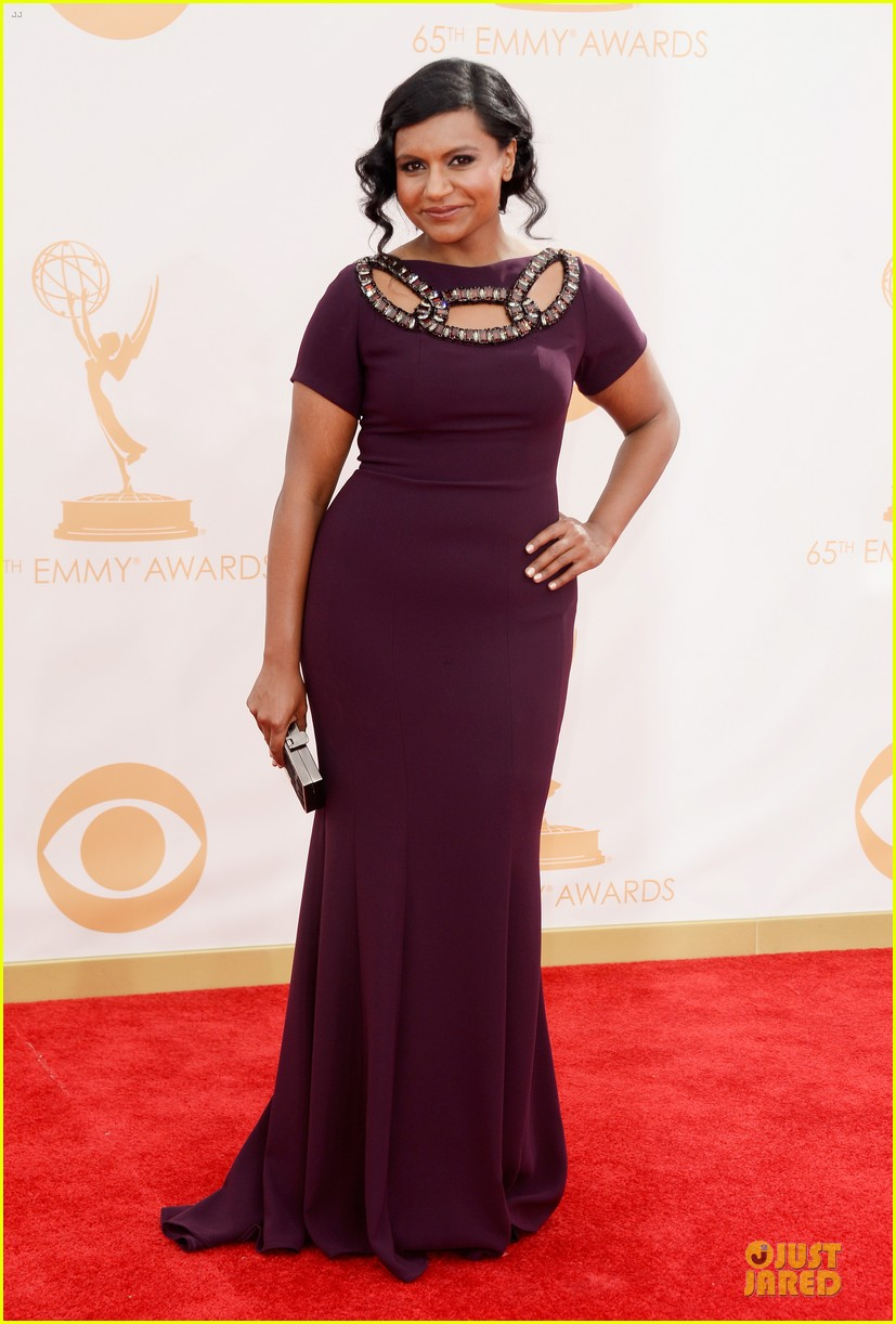 mindy kaling emmys 2013 red carpet 01