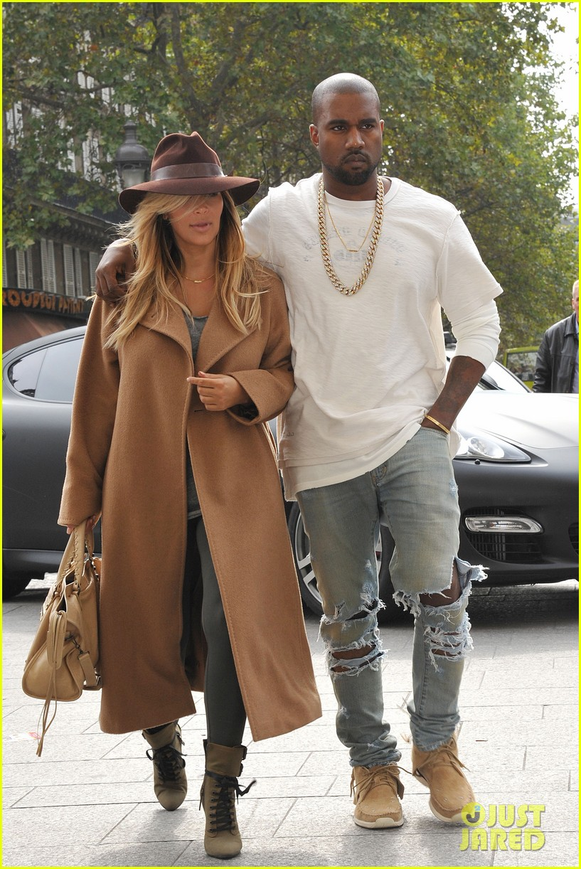 kim kardashian kanye west step out together in paris 252961547