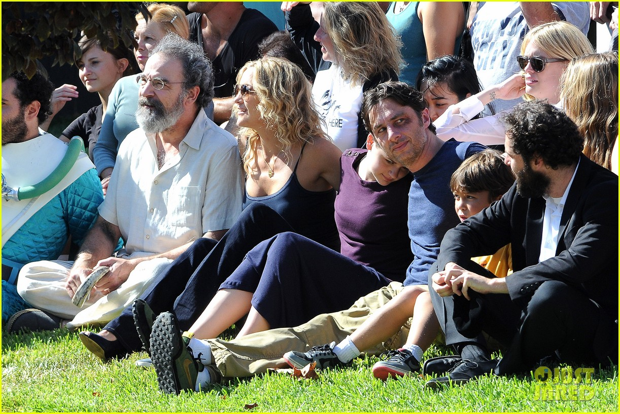 kate hudson zach braff wrap wish i was here 19