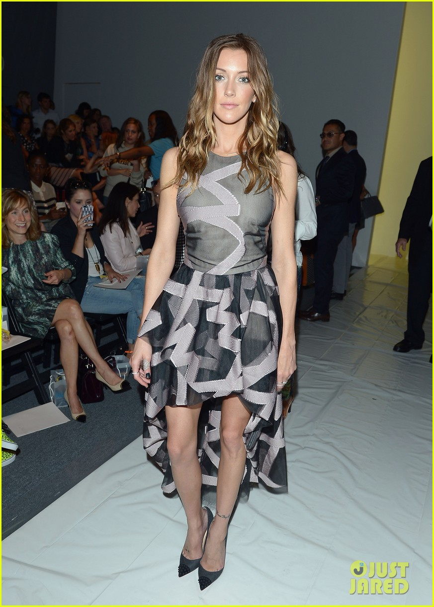 katie cassidy brittany snow front row at lela rose fashion show 012947048