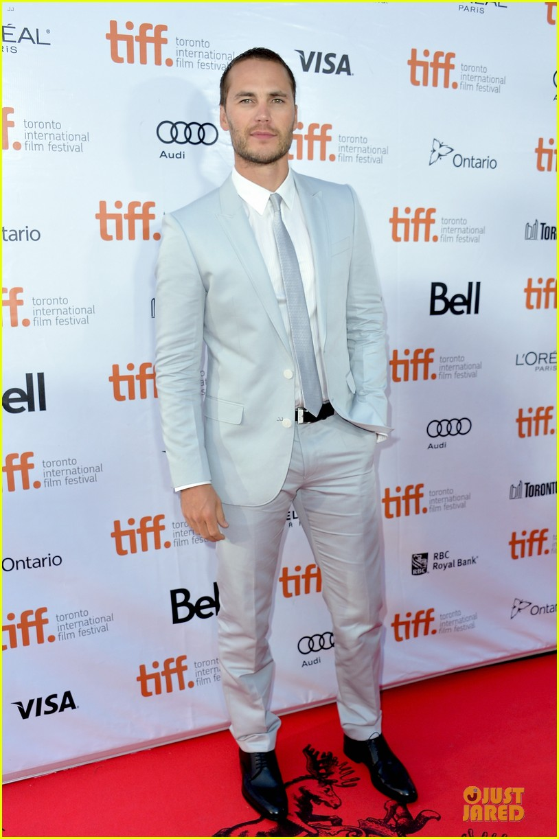 taylor kitsch the grand seduction tiff premiere 01