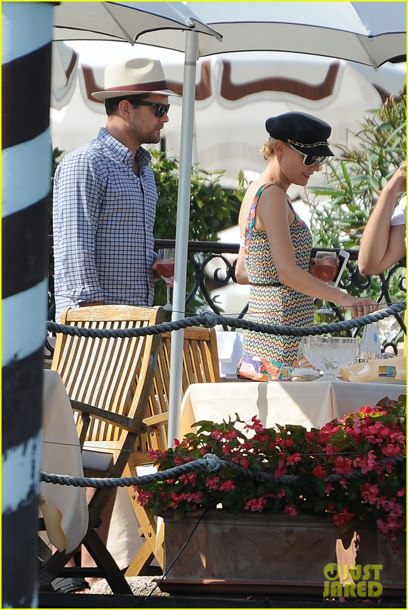 diane kruger joshua jackson enjoy lunch date in venice 042942930