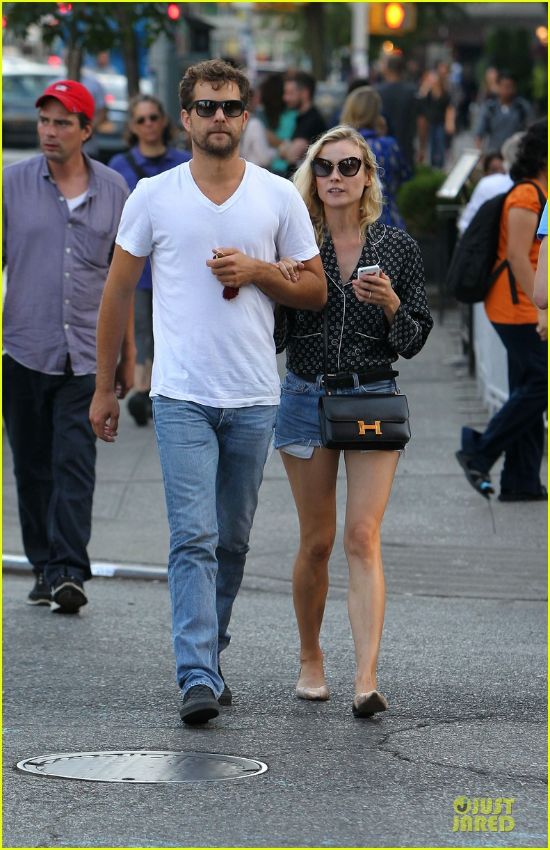 diane kruger joshua jackson hook arms for nyc stroll 19
