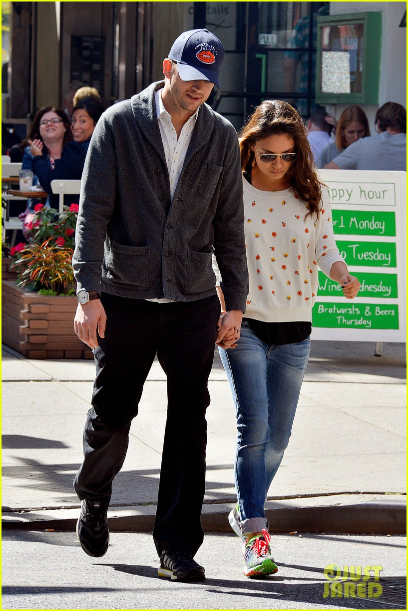 ashton kutcher mila kunis hold hands in the big apple 042955472