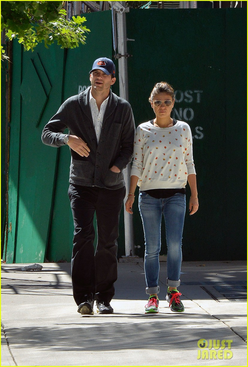ashton kutcher mila kunis hold hands in the big apple 052955473