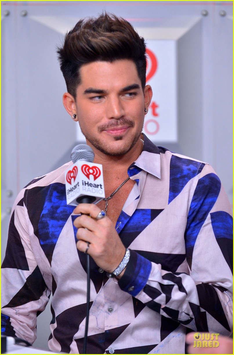 adam lambert iheartradio music festival with queen 062956579