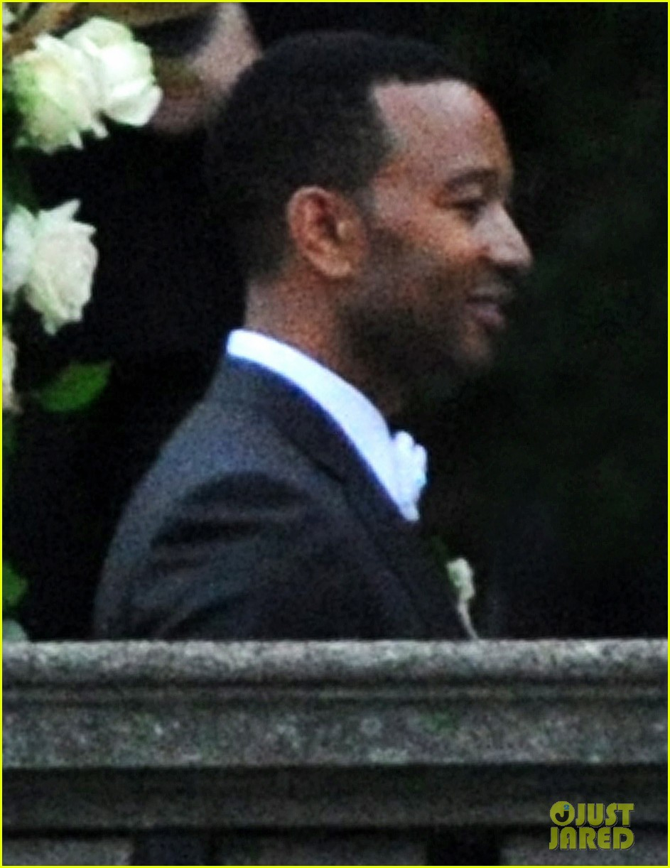 john legend chrissy teigen wedding photos 042952488