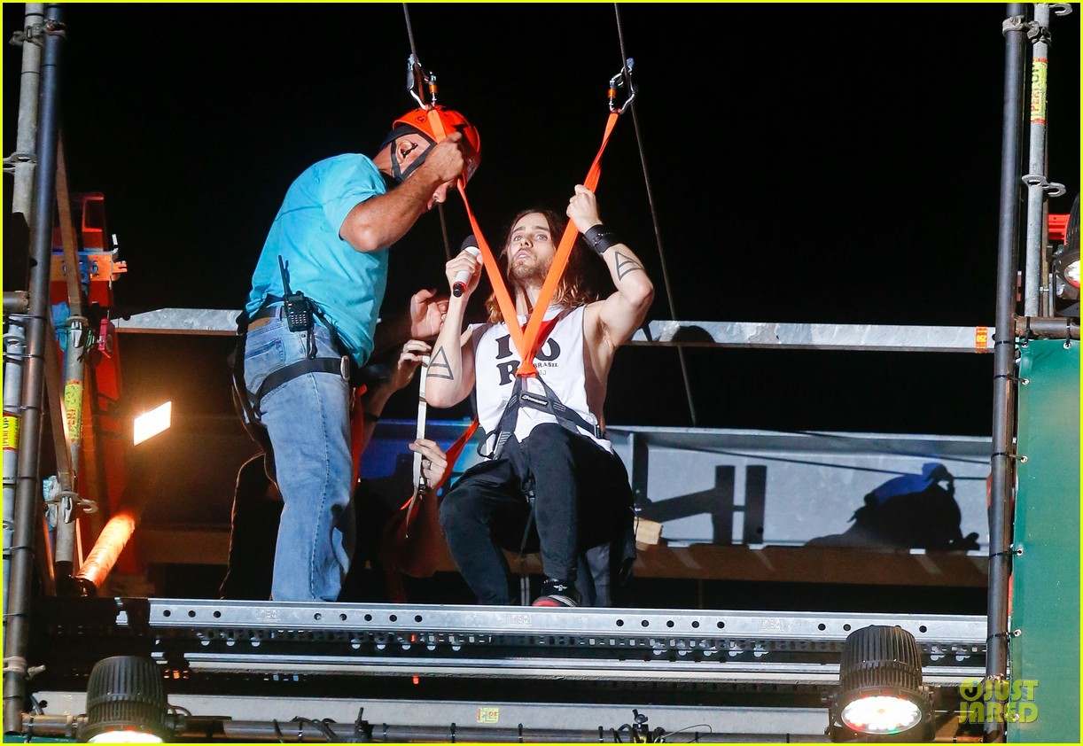 jared leto rock in rio performance with thirty seconds to mars 14