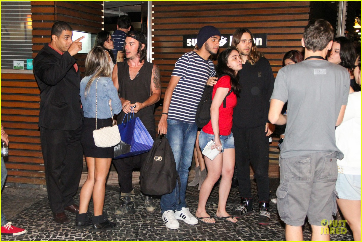 jared leto stops for fan photo op at sushi leblon restaurant 16