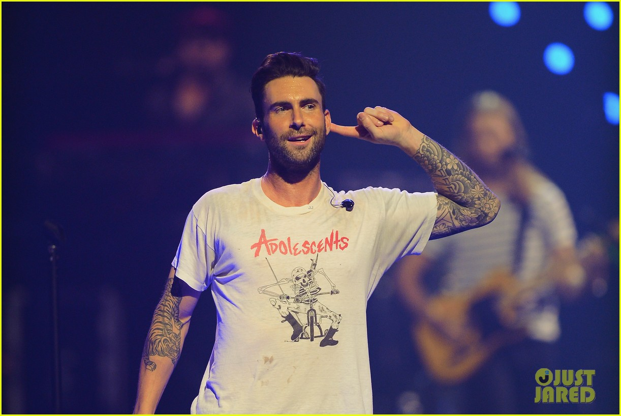 adam levine jared leto iheartradio performances 022957300