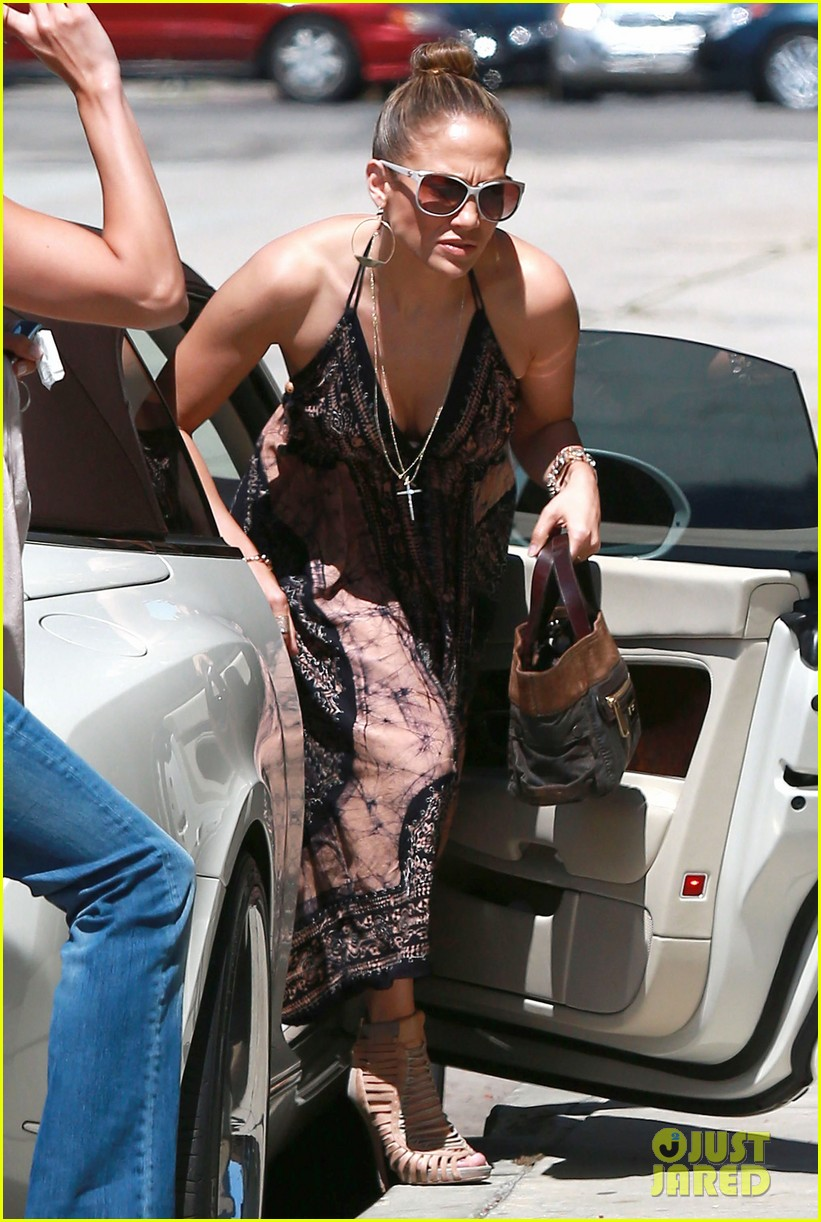 jennifer lopez recording studio with robin thicke 12