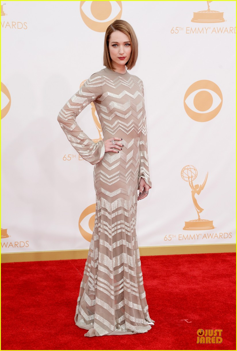 kate mara kristen connolly emmys 2013 red carpet 06
