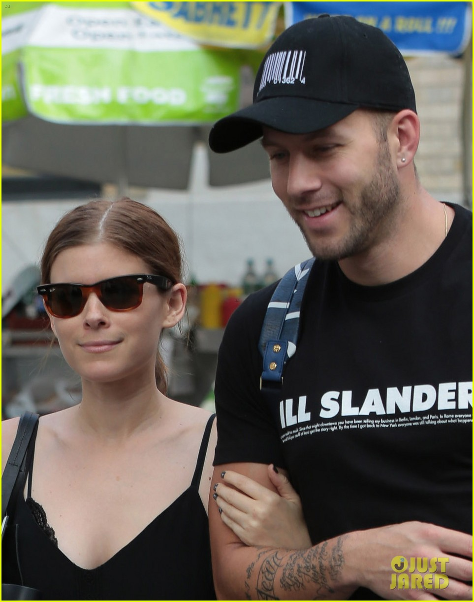 kate mara johnny wujek big apple buddies 05
